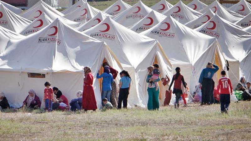 A refugee camp established within the Turkish borders to host thousands of refugees coming from Syria. October 2016 (Source: Cesran.org)