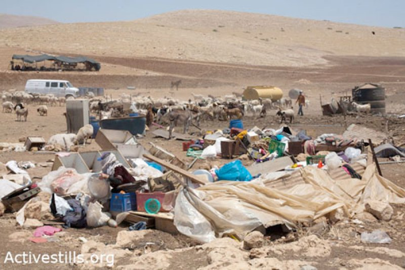 Demolishedin Al-Hadidya, Jordan Valley. 21 June 2011.  (©Photo: Keren Manor/Activestills)