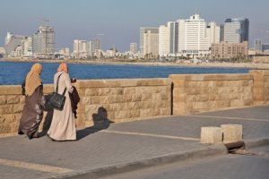 Alienated in their homeland: Palestinian women in Jaffa, 2012 (© RW/BADIL)